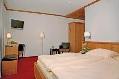 Doppelzimmer mit Flachbild-TV im Hotel Deutsche Eiche Uelzen