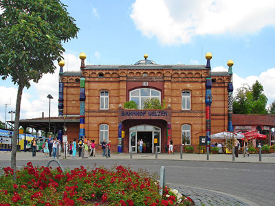 Ausflugsziel Hundertwasser-Bahnhof in Uelzen
